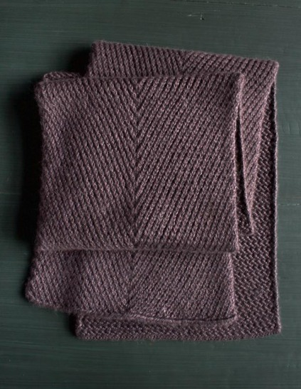 diagonal-twist-scarf-600-14